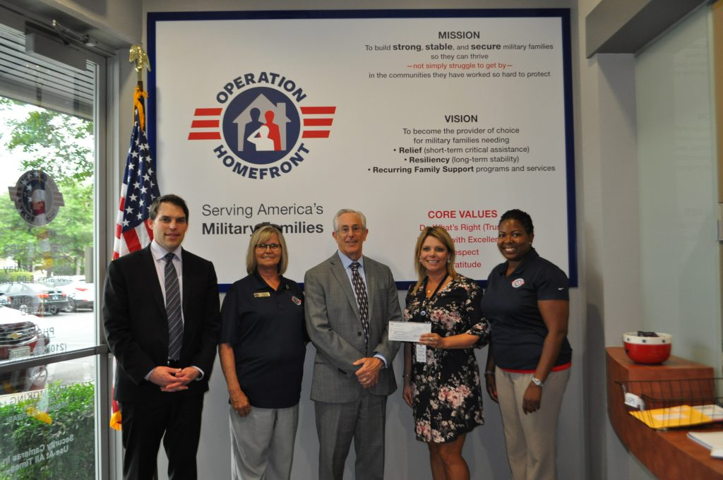 Noblis NSP Director of Cyber Solutions Presents a Donation to Operation Homefront in San Antonio, Texas.
